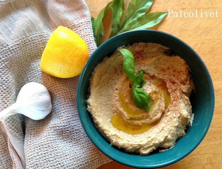 Fantastisk paleo humus på bagte blomkål