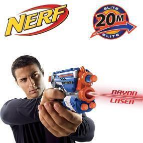 Nerf – 53378E35 – Jeu de Plein Air – Elite – Firestrike: Prépare-toi pour la bataille avec le pistolet lance-fléchettes Firestrike de Nerf…