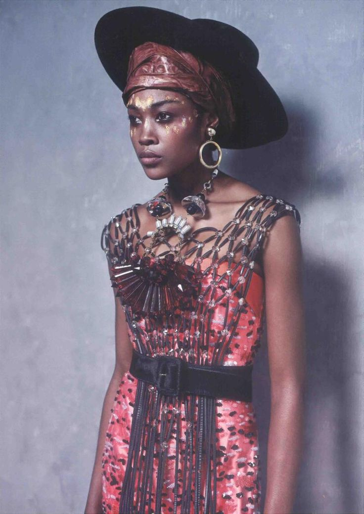 Boêmia Chique: Betty Adewole by Philip Meech for MUSE Magazine/DEC 2012.