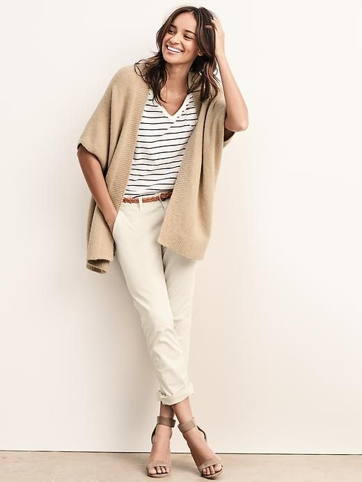 Open front batwing cardigan // Gap // Small // Grey or Beige