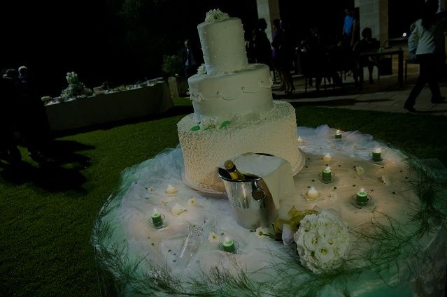 Weedding Cake #wedding #cake #masseria #party ùceremony #bride #masseriacordadilana http://masseriacordadilana.it/