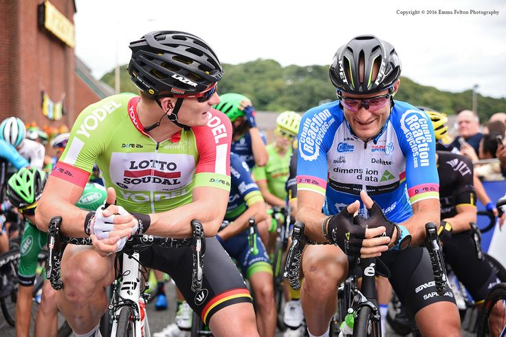 https://flic.kr/p/L13YHY | Tour of Britain Stage 3 | 2016 Congleton to Tatton Park, Cheshire.  Andre Greipel and Steve Cummings have a catch up on the start line in Congleton, Cheshire, before Stage 3 of The Tour of Britain.