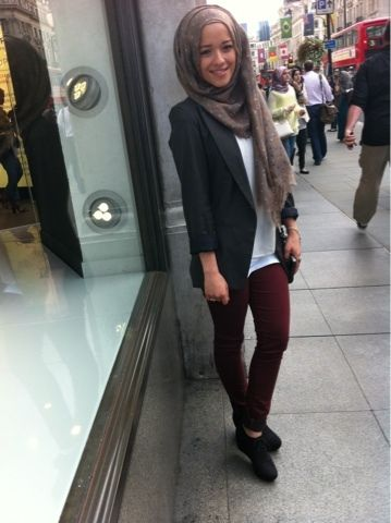 Cute simple and basic outfit. #hijab