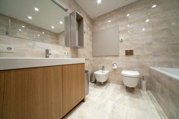 Bathroom tile design flooring wood look thermally conductive heat storing