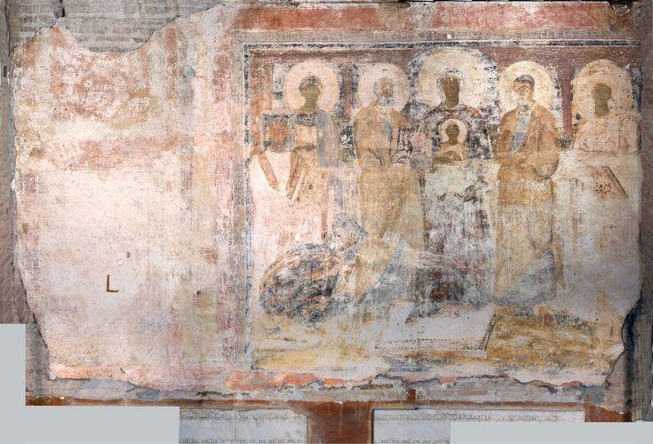 Basilica di Santa Sabina, Roma. Affresco del VII  secolo. Madonna col Bambino e  i Santi Pietro e Paolo,  le sante Sabina e Serafia,  i due committenti.
