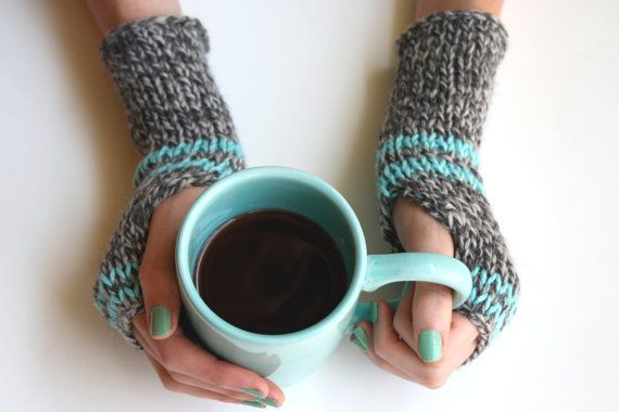 love aqua and gray: Nails Colour, Fingerless Gloves, Knits Crochet, Nails Colors, Fingerless Mittens, Knits Stripes, Mittens Gloves Wrist Warmers, Dark Grey, Stripes Wrist