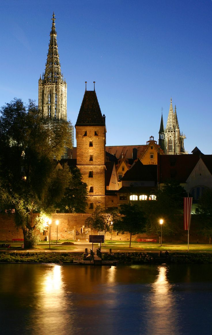 River Danube, town fortification and Ulm Minster, the church with the tallest steeple in the world. Ulm, Germany
