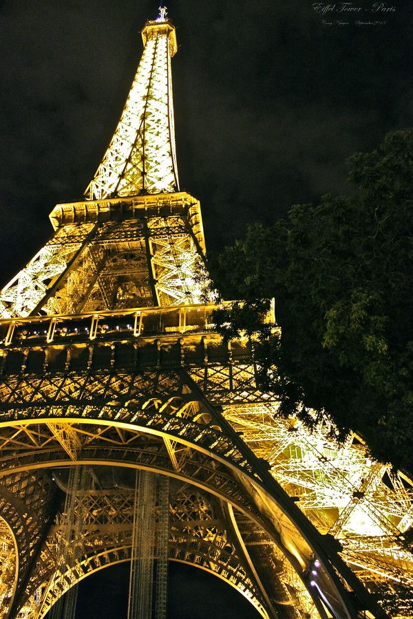 Eiffel Tower, Paris  by Cong Nguyen on 500px