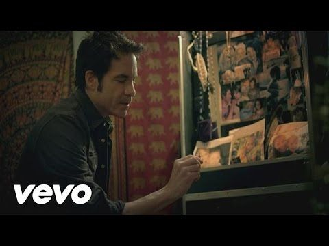 Train - Bruises ft. Ashley Monroe - YouTube