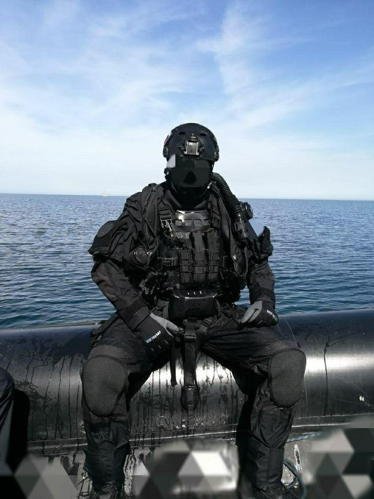 фото подводного бойца вариант более