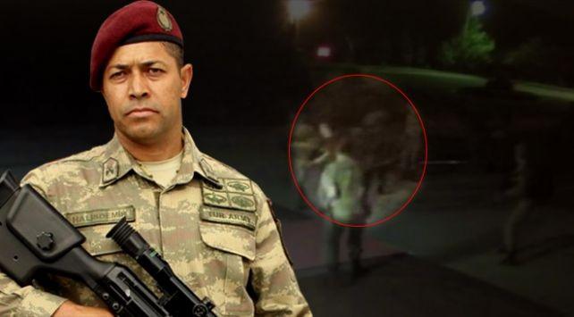 Kahraman astsubay Halisdemir'in katilleri için hesap zamanı! Gölbaşı'ndaki Özel Kuvvetler Komutanlığını (ÖKK) ele geçirmek isteyen cuntacı general Semih Terzi'yi vurarak Fetullahçı Terör Örgütünün (FETÖ) darbe girişiminin seyrini değiştiren Astsubay Ömer Halisdemir'i şehit eden darbeciler 21 Şubat'ta 14. Ağır Ceza Mahkemesinde hakim karşısına çıkacak.