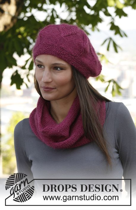"Bella - Set consists of: Knitted DROPS neck warmer and hat with flower pattern in ""Kid-Silk"" and ""Alpaca"". - Free pattern by DROPS Design"