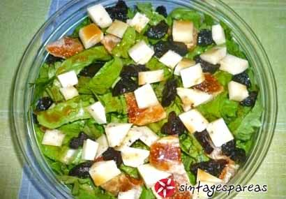 Salad with dried fruits and balsamic vinegar #cooklikegreeks #saladwithdriedfruits #salad #prunes #figs