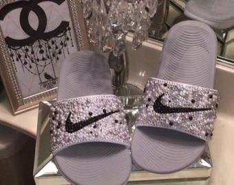 Nike glisse glisse Adidas