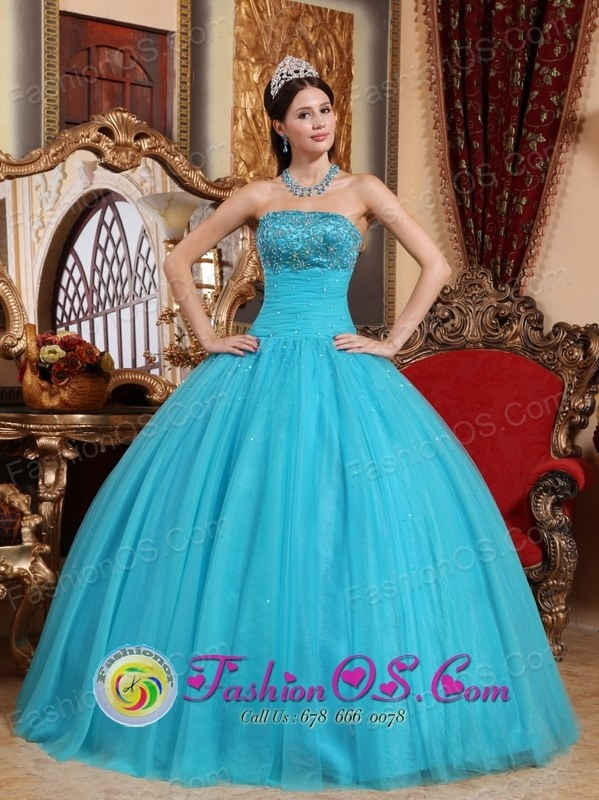 http://www.fashionor.com/Quinceanera-Dresses-For-Spring-2013-c-27.html  2013 2015 Lace Quincianera dresses Bought Under 150  2013 2015 Lace Quincianera dresses Bought Under 150  2013 2015 Lace Quincianera dresses Bought Under 150