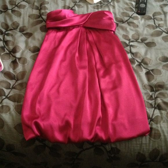 Fuschia dress!! Super cute no stains or anything wrong with it! Dresses