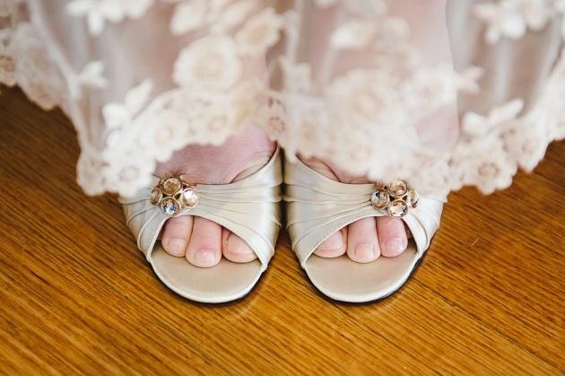 Alice & Gavin – Overnewton Castle Wedding - Melbourne Wedding Photographers