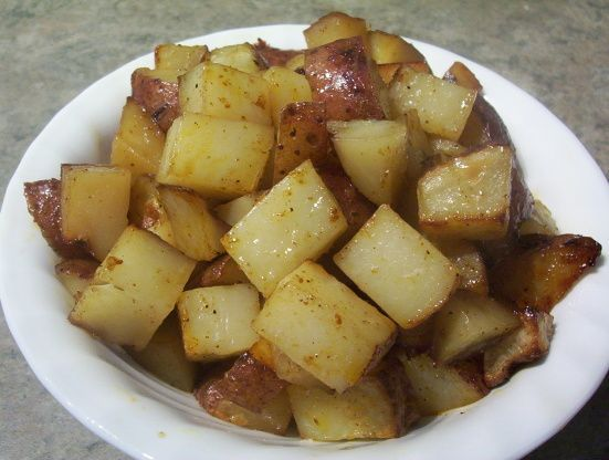 Aujourd'hui, je vous présente une recette parfaite de patates sur le BBQ. Un accompagnement essentiel et impossible à rater tellement c'est simple