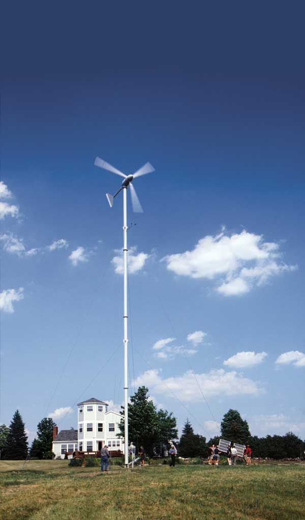 Home Wind Power: Yes, in My Backyard! | MOTHER EARTH NEWS