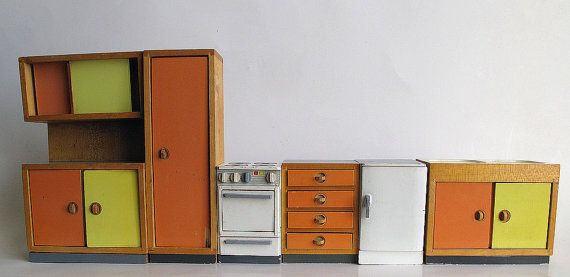 Vintage Bodo Hennig dollhouse furniture midcentury modern kitchen, scale unclear. 1950s or 1960s German puppenhaus mobil