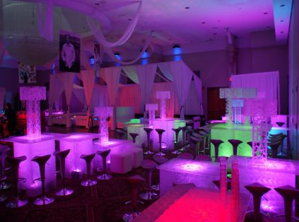 Wow Glow In The Dark Club Like The Ideas Of Putting Lights Under