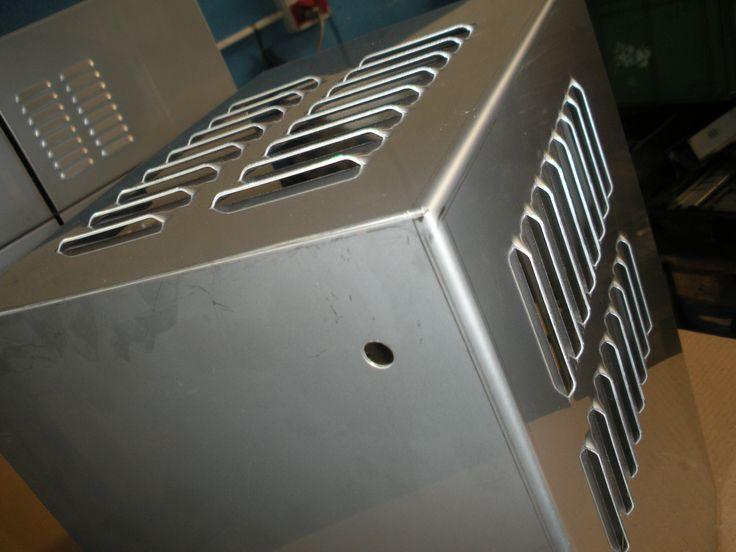 1000 images about carve srl carpenteria metallica di precisione su pinterest stile vintage - Prese d aria per casa ...