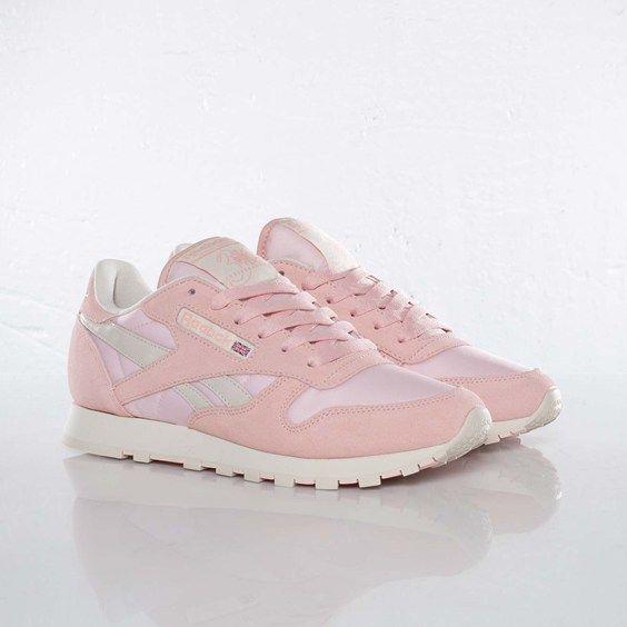 Reebok - Classic Leather Pastel - V45296 - Sneakersnstuff, sneakers &  streetwear online since 1999