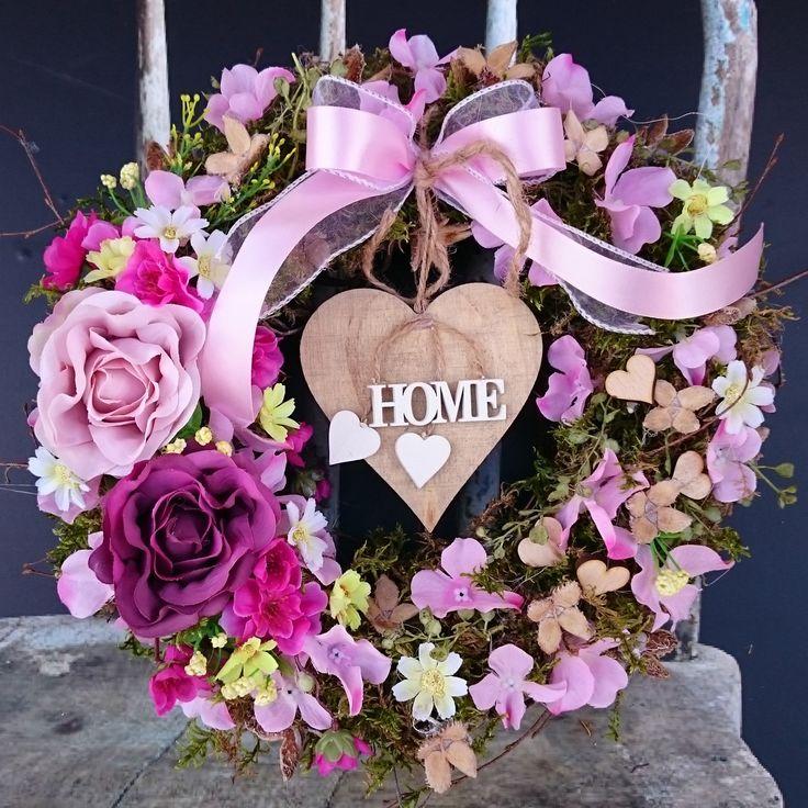 Home+v+květinách+Věneček+se+srdíčkem,+průměr+30+cm.