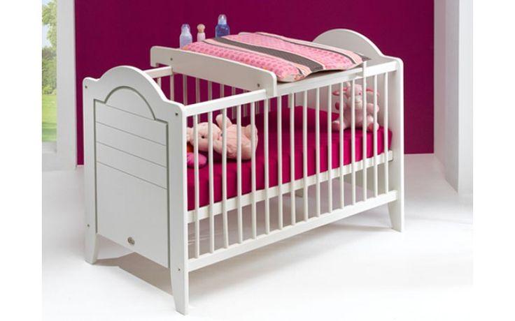Plan à langer pour lit bébé