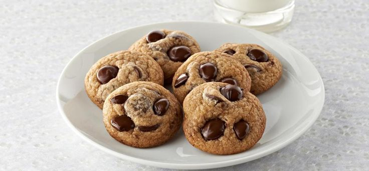 ... Chocolate Chip Cookies ideas and more. | Chip cookies, Mixing bowls