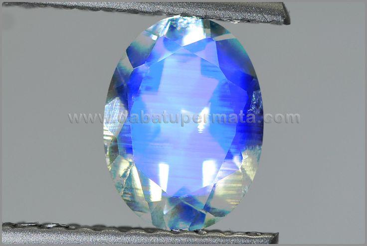Beautiful Crystal MOONSTONE Sri Lanka - BMS 044