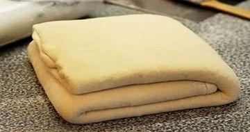 Cea mai simplă și rapidă rețetă de aluat foietaj făcut în casă!
