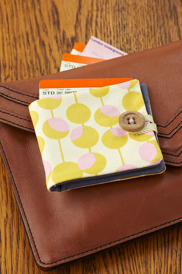 How to sew a fabric wallet