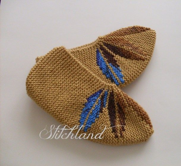 Free Knitting Patterns For Slippers On Pinterest : Free Slipper Knitting Patterns In the Loop Knitting Free Knitting Pinte...