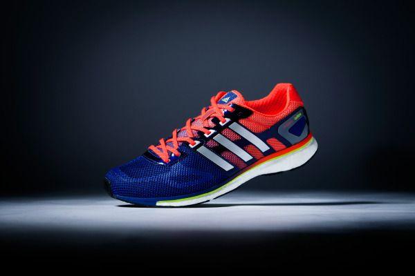 Adidas Adizero Adios Boost, una zapatilla de 220 gramos y 10 milímetros de drop para corredores en busca de sensaciones rápidas.  #calzado #material #materialdeportivo #adidas #adizeroadiosboost #running #runningshoes #triatlón #duatlón