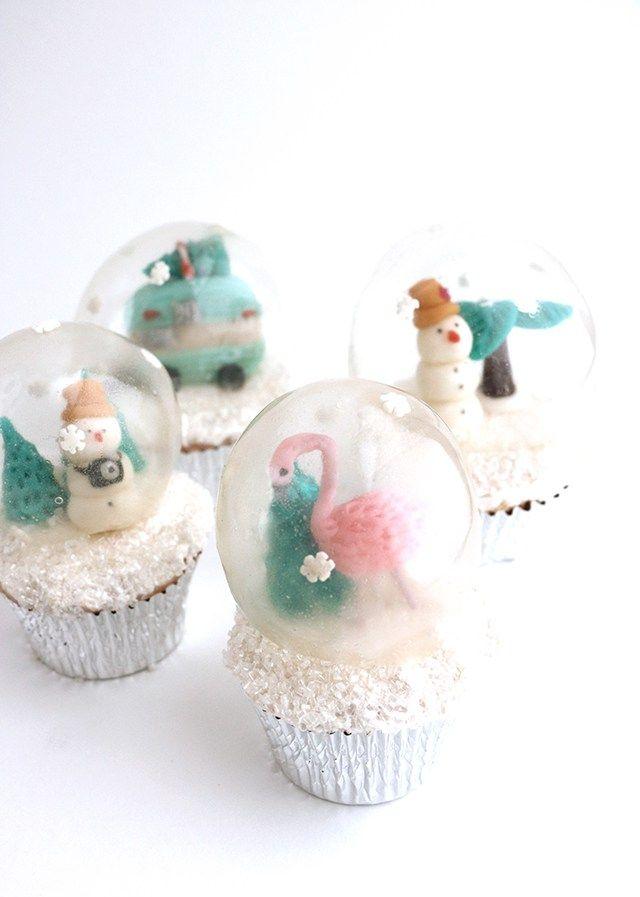 Fully Edible Gelatin Snow Globe Cupcakes (MIND BLOWN)