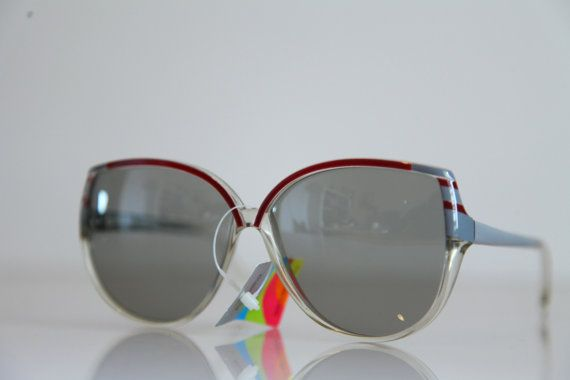 Vintage Polaroid Crystal Ruby Ash Gray by LovelyVintageGlasses