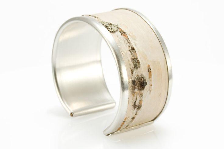 http://www.eriktidang.se/wp-content/uploads/2012/08/armband-silver-naver-erik-tidang.jpg