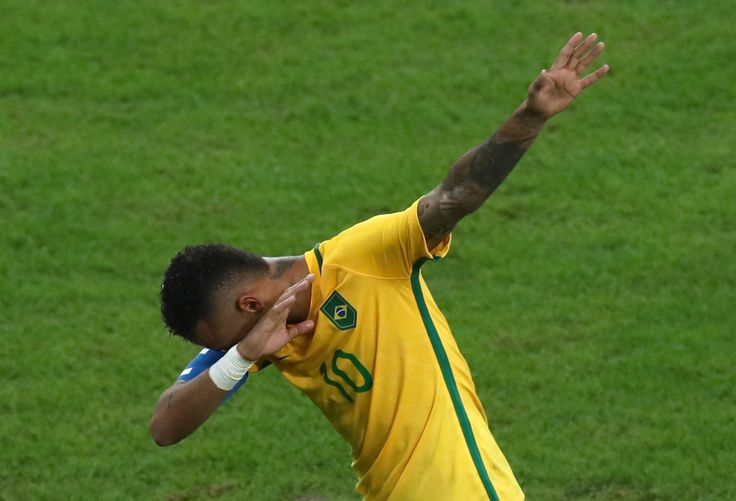 another dab celebration, this time from neymar