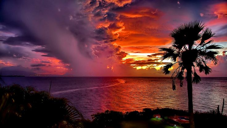 Clouds, Sunsets & Stars - Time Lapse Video HD 1080p with Relaxing Music.  Dreamlapse is a time lapse video from Dominican Republic with relaxing music, soothing sunsets, stars & clouds.