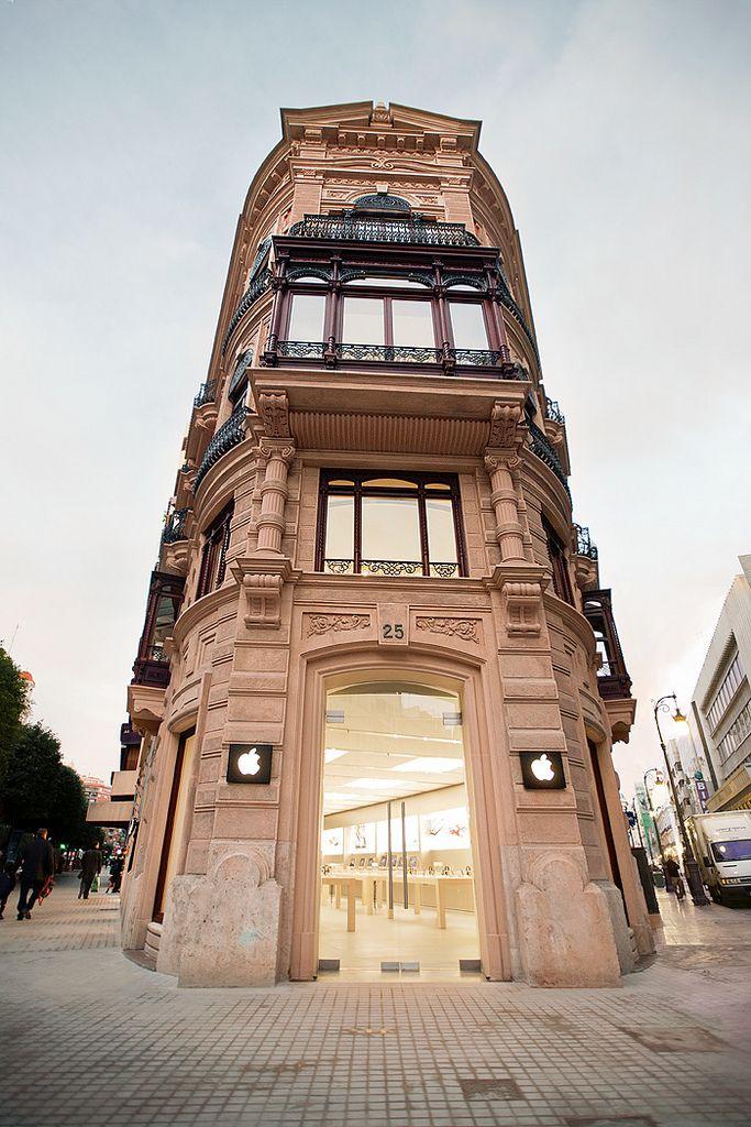 Apple Store Valencia Interior DesignStore