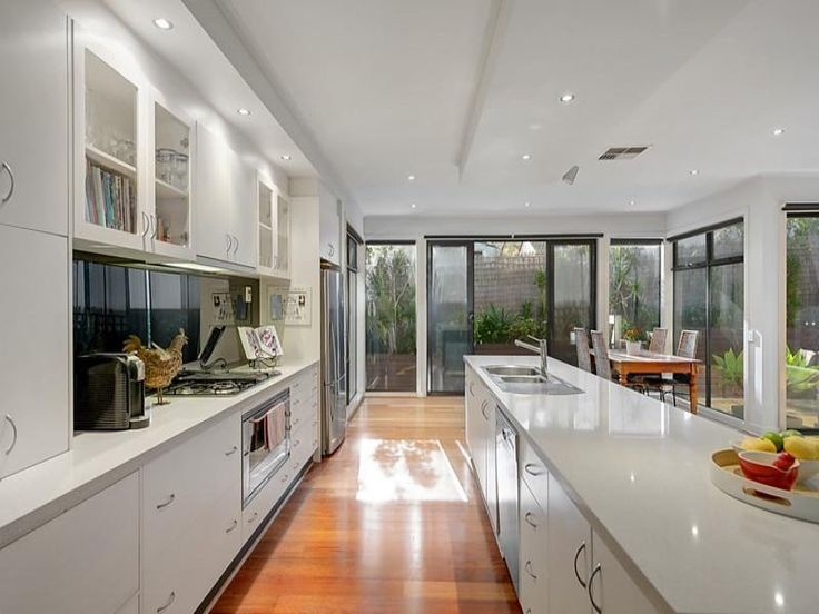 Photo of a kitchen design idea from a real Australian home - Kitchen photo 8609105. Browse hundreds of kitchen photos in the Home Ideas Kitchen galleries.