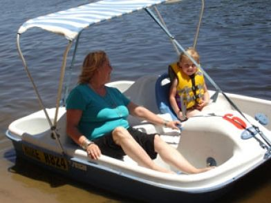 Get a Kayak, Canoe, Pedal Boat or Dinghy, so you can really experience the #adventures that #Murray has to offer you!