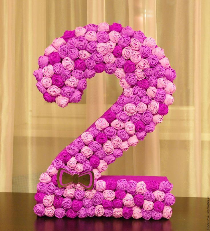 Цифры из бумажных цветов заказать минск подарок мужчине к юбилею 60 лет