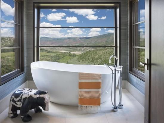 8 Luxury Bathroom Designs | Bathtub Overlooking Aspen Colorado