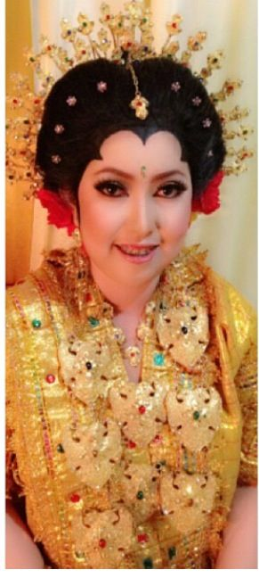Traditional Indonesian Wedding Makeup : 88 best images about Indonesian wedding ceremonies on ...