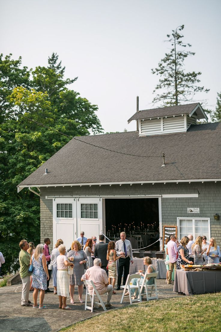 Washington Wedding | Woodstock Farm | Bellingham Washington | Rustic Wedding Venue