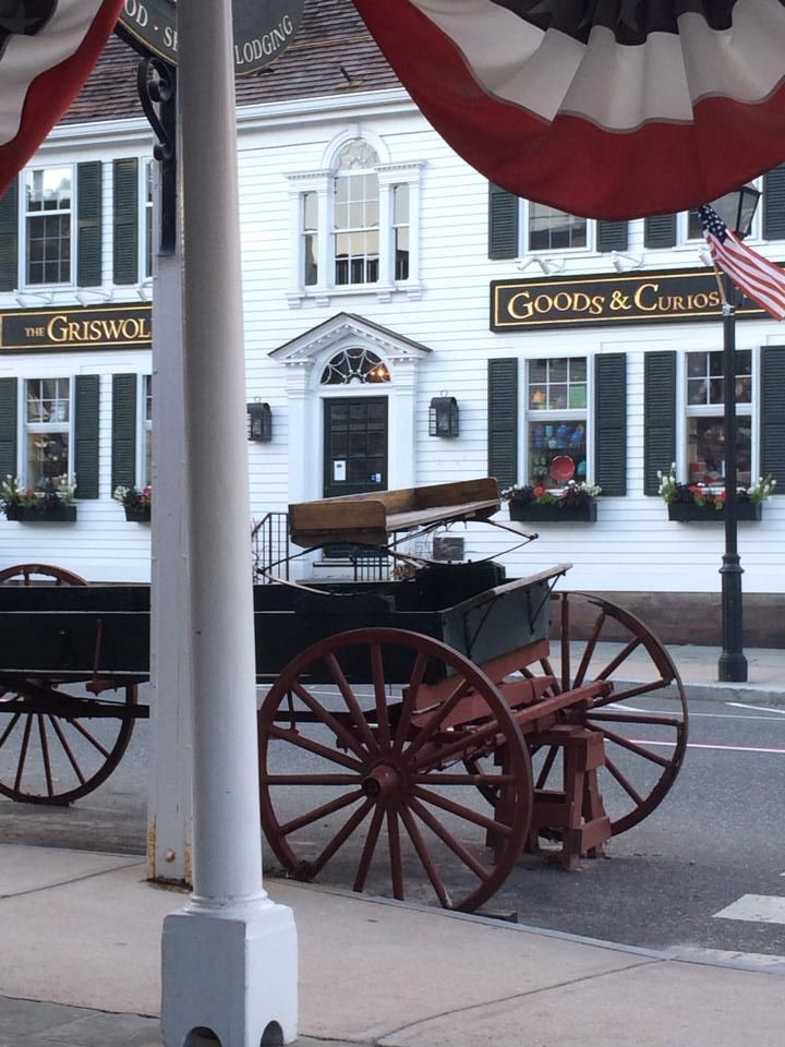 The Griswold Inn 36 Main Street Essex, CT, 06426 860.767.1776 Griswold Inn is a Fred Bollaci Enterprises Preferred Destination for Dining and Lodging in historic Essex, Connecticut. The inn, dating back to 1776, was an important stop during the American … Continue reading →