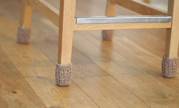 Sokken stoel vloer beschermer grijs tabel benen door HandfulCrafts