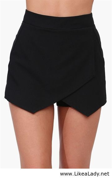 Envelope skort. Express has this style right now, I may have to doo it.